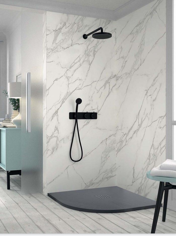 Plato de ducha circular con textura de piedra de pizarra